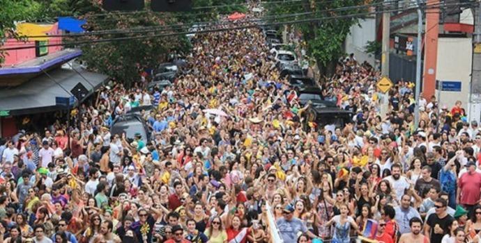 Carnaval: Dias de cair na folia, mas com cuidados para não se empolgar