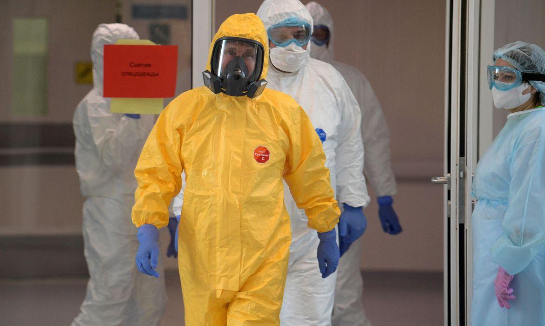 Rússia: médicos serão vacinados contra covid-19 em duas semanas