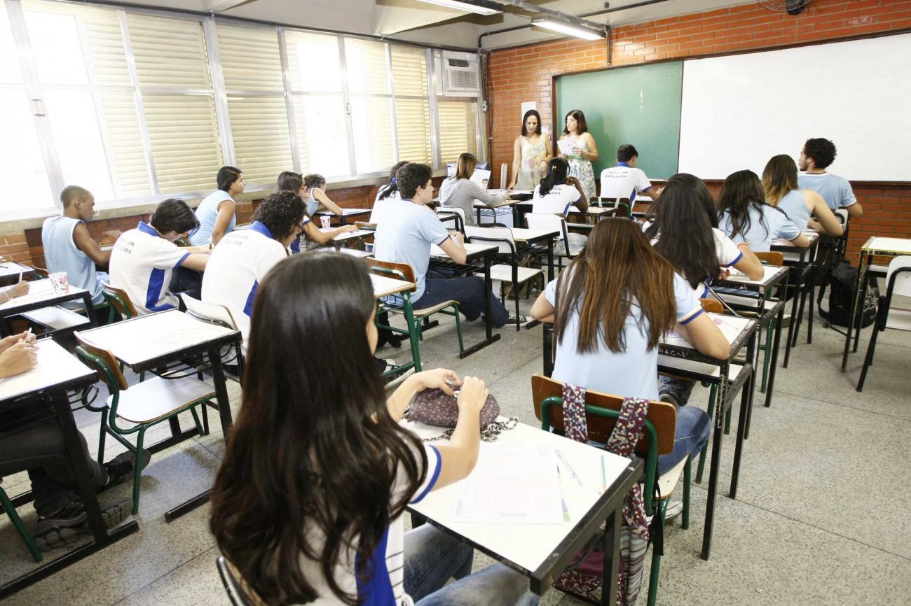 Alunos da rede estadual de ensino no Rio terão aprovação automática em 2020