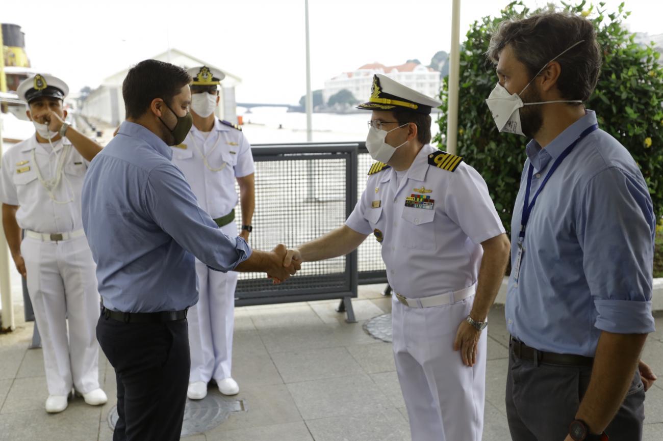 Inea e Capitania firmam acordo para proteger a Baía de Ilha Grande