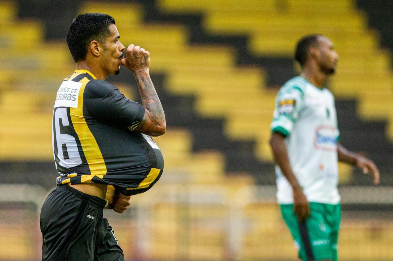 Série C: Voltaço goleia Manaus-AM por 5 a 0 no Raulino de Oliveira