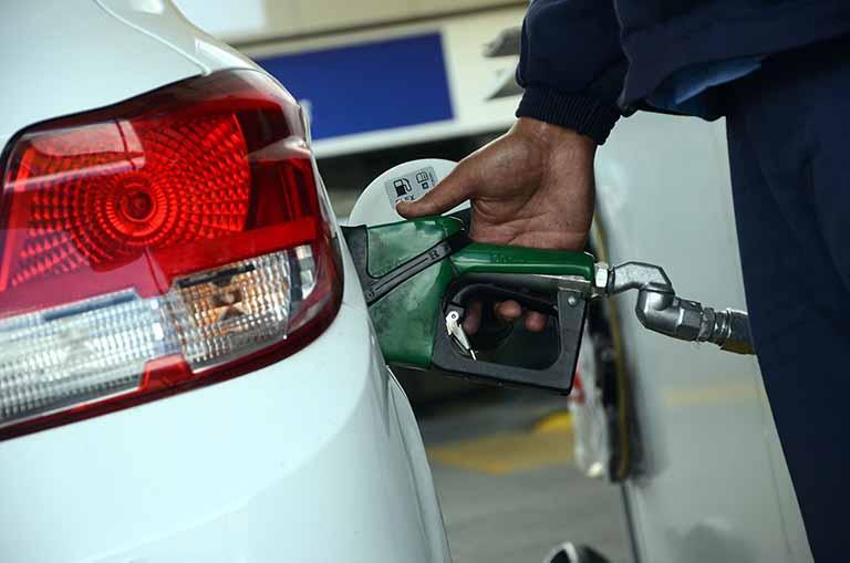 Gasolina subiu 25,48% no primeiro semestre, segundo levantamento do ValeCard