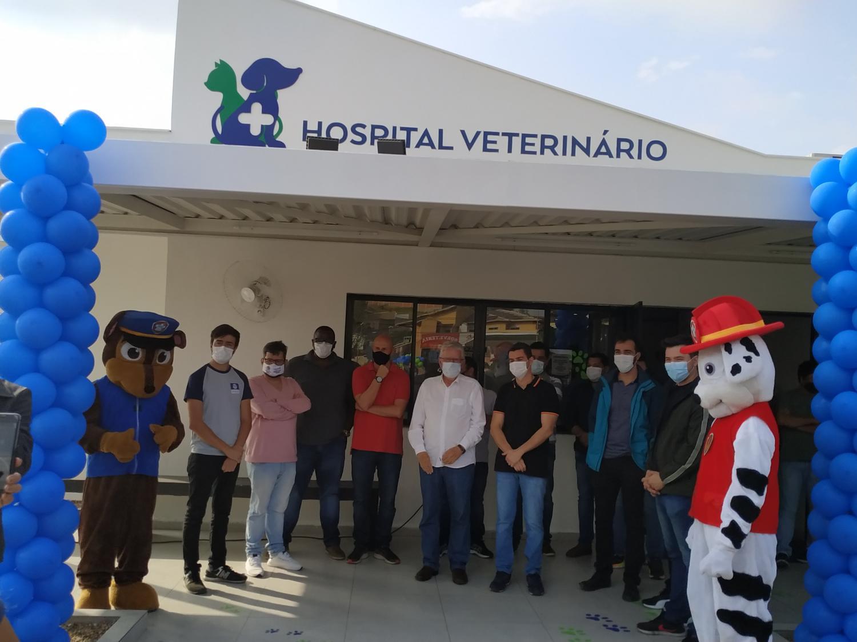 Deputado Luiz Antônio participa da celebração de 1 ano do Hospital Veterinário de Resende e reforça apoio a causa animal